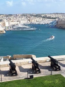 2017-10-23  Malta